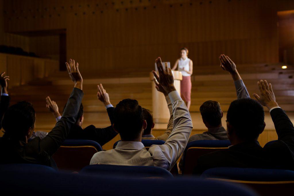 Por qué siempre deberías iniciar tu discurso o presentación con una historia